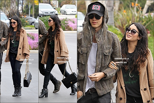 *    1er mai 2012 : Vanessa et Austin arrivant à un rendez-vous d'affaire à Santa Monica.    *