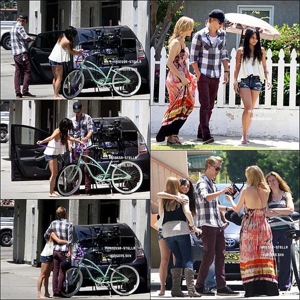 *   6 mai 2012 : Vanessa et Austin offrant un vélo à la mère de ce dernier pour son anniversaire. ?? mai 2012 : Vanessa était présente à la fête organiser pour célébrer la graduation de Shelley Buckner. ZAC EFRON était présent ! Ashley Tisdale et Austin Bulter l'étaient aussi. Il n'y a malheureusement pas de photos de Zanessa.    *