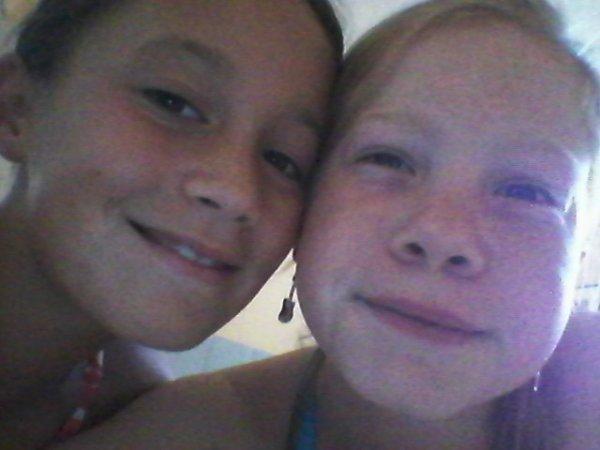 ma cousine et moi même