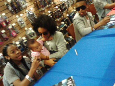 La plus jeune des fan des mindless behavior