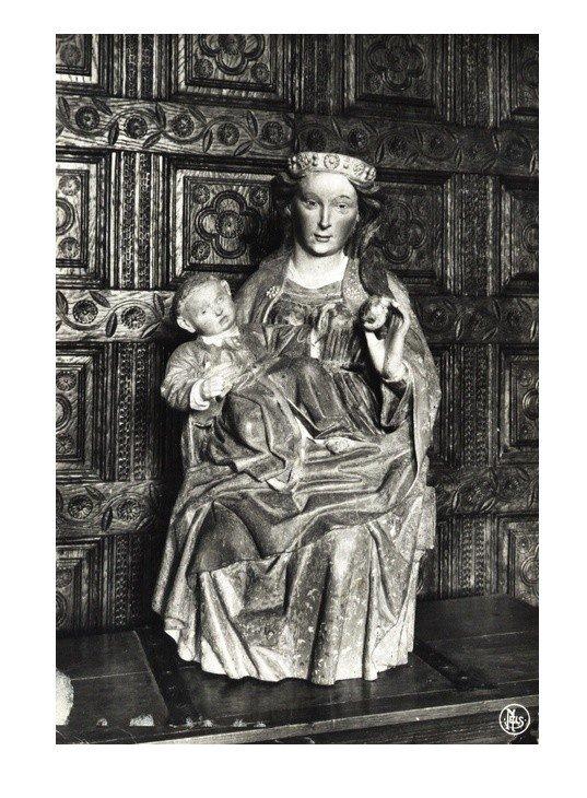 HOUTAING,  La Vierge à la pomme, statue du XVè Siècle