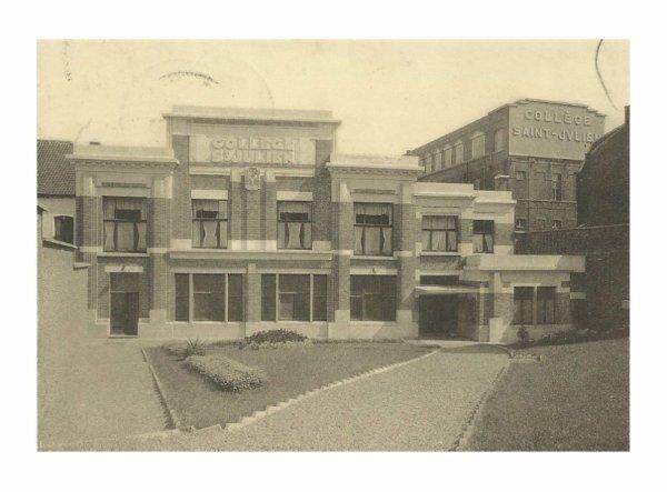 Ath collège saint julien façade en 1945