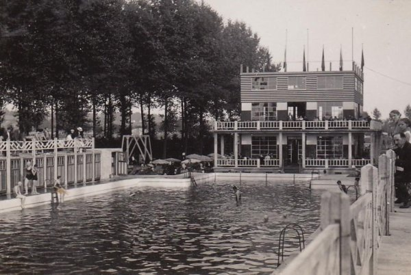 bassin de natation ATH - plage
