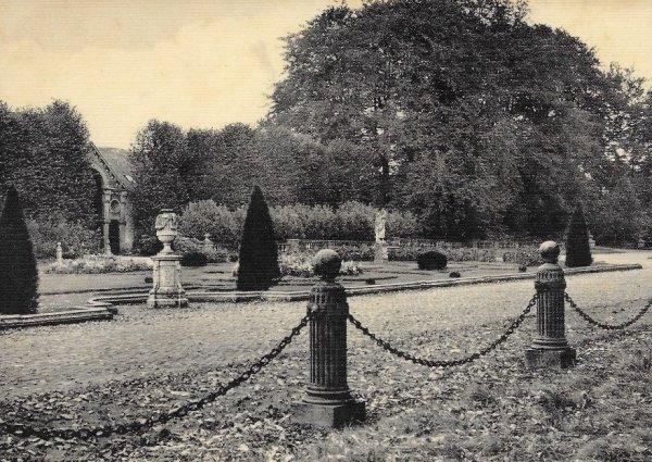 Houtaing (Ath) collège de la Berlière - jardins et allées