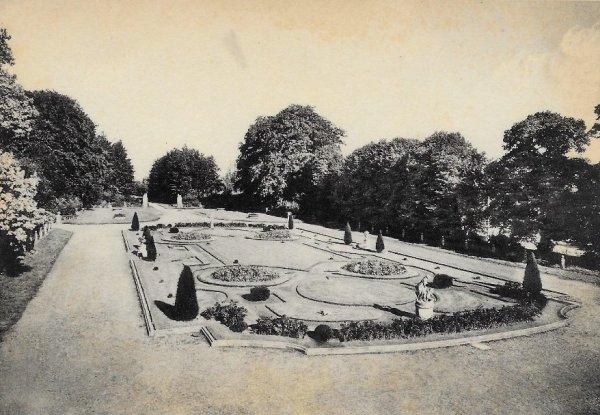Houtaing (Ath) collège de la Berlière - jardins