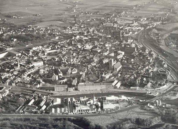 ATH photo aérienne avant l'électrification du chemin de fer