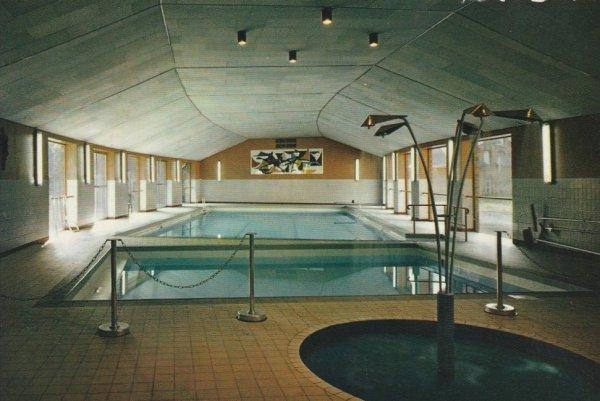 HOUTAING (ATH) collége de la berlière ( la piscine )