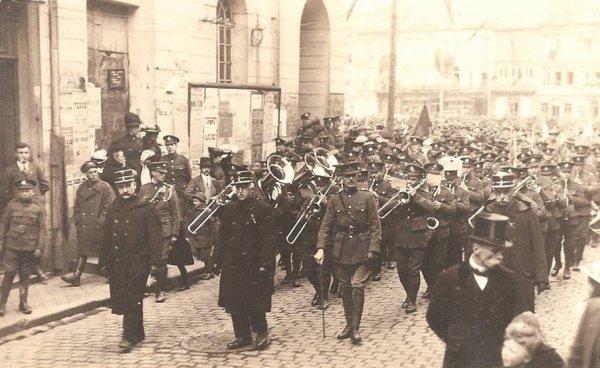 Ath- en 1919 retour des déportés de Ath.