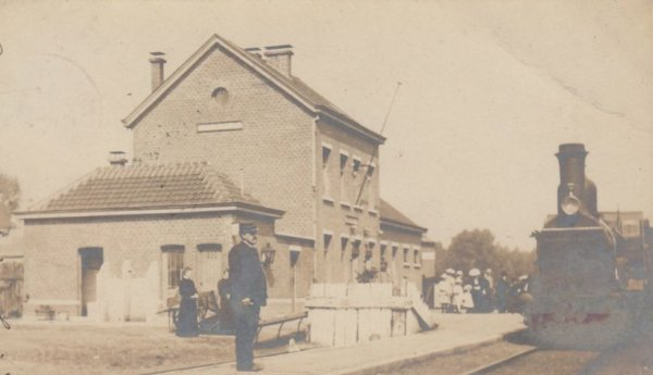 ORMEIGNIES en 1904