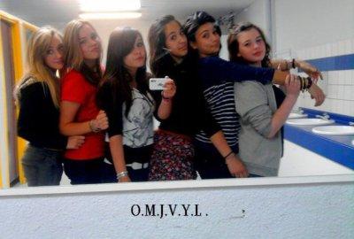 Moi et les amies sisi ! :)