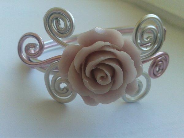 Bracelet pastel rose