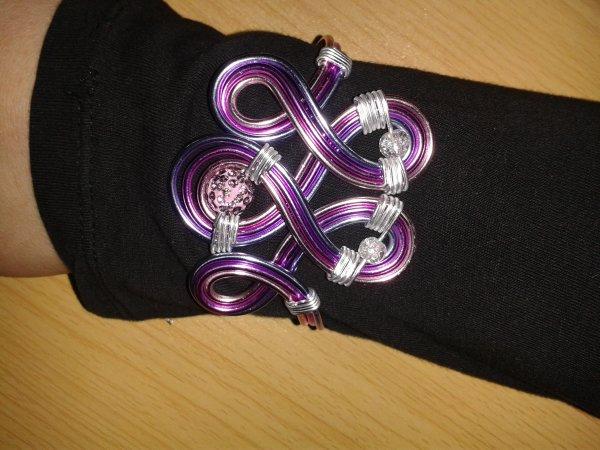 Parure collier et bracelet tourbillon de rose et de violet