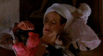 Poupée de cire, poupée de sang.....