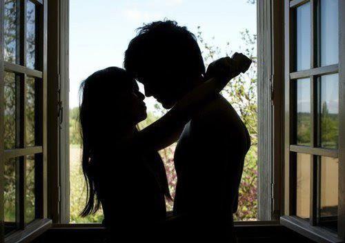 L'amour est peut-être difficile à cerner mais il est dur a s'en separer...♥