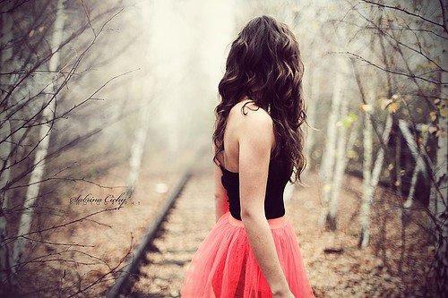 Je voudrais te dire que je t'attends , tant pis si je perd mon temps .