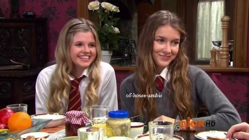 les versus the house of anubis