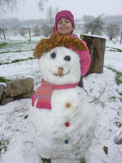 13 01 2010 un vrai bonhomme de neige marie et valou - Vrai flocon de neige ...