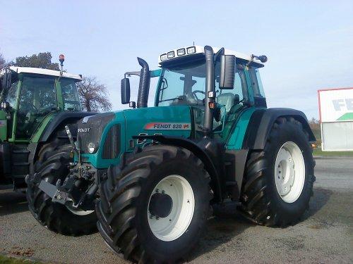 fendt 820 (bleu)