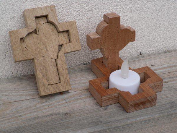 Bougeoir en croix et coeur
