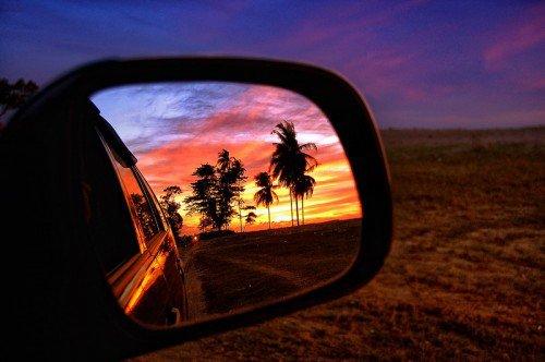 J'ai compris que le Bonheur , ce n'est pas de vivre une petite vie sans embrouilles , sans faire d'erreurs ni bouger.Le Bonheur c'est d'accepter la lutte , l'effort , le doute , d'avancer. D'avancer en franchissant chaque obstacle.