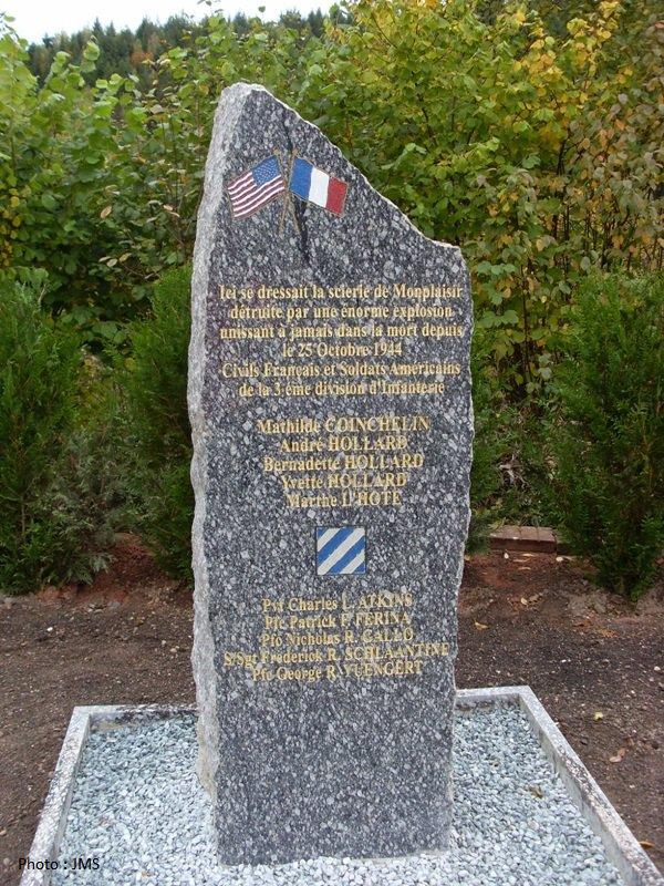 Stèle de Mon Plaisir - Mon Plaisir monument.