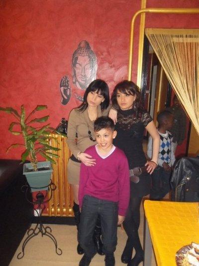 <3<3<3 mes soeurs et mon petit frère <3<3<3 (miguael)