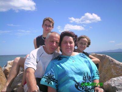 <3<3<3 maman , papa , cindy , moi en vacance a argeles 2010 <3<3<3