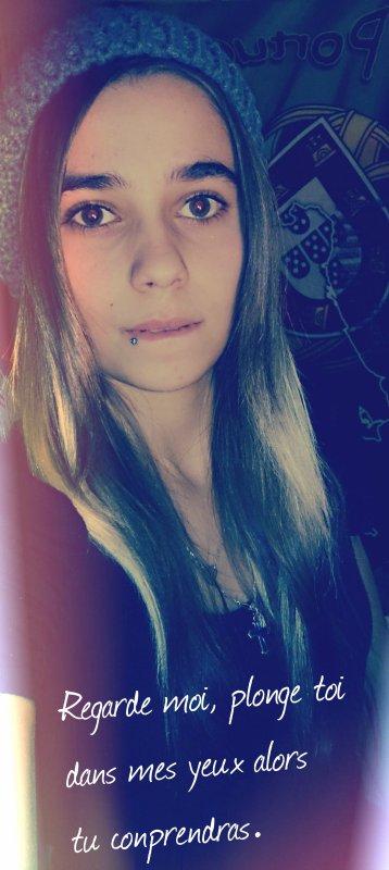 ~ Ce regard, il y à que toi qui brille dans mes yeux.