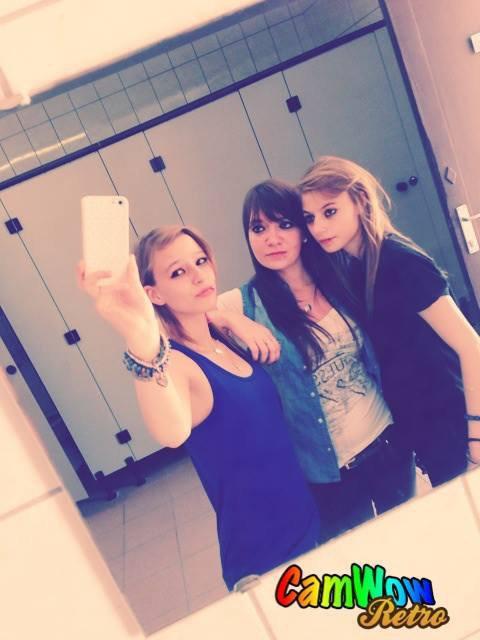 Moi & mes deux soeur :) Ayah