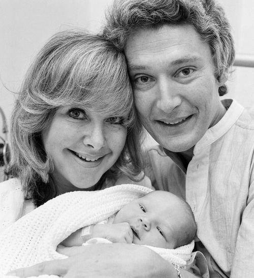 Je vous présente ... Benedict et ses parents ! ^^ N'est ce pas adorable ???