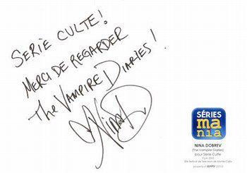 Nina Dobrev autographe !