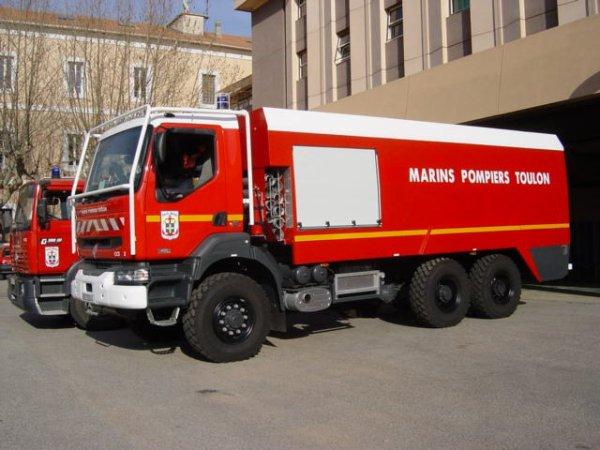 un camion de pompier de TOULON