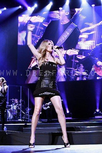Céline Dion se dénude