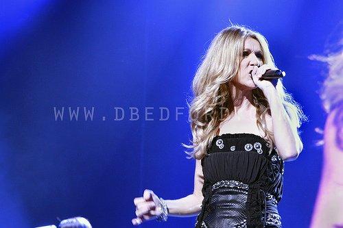 """Céline Dion explique les raisons de son succès : """"Ce n'est pas la voix et je ne crois pas que ce soit les chansons !"""""""