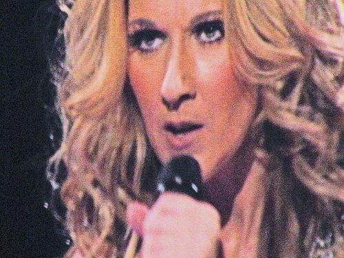 """Céline Dion : découvrez le clip de """"Parler à mon père"""" !"""