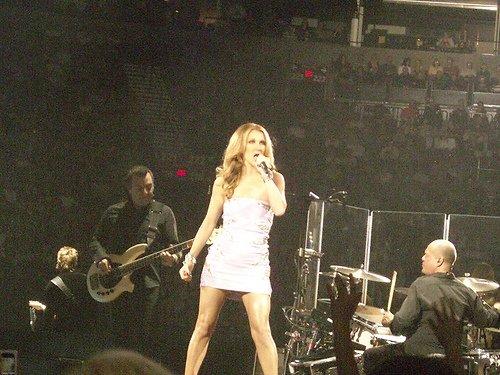 Céline Dion aimerait faire un duo avec Mariah Carey