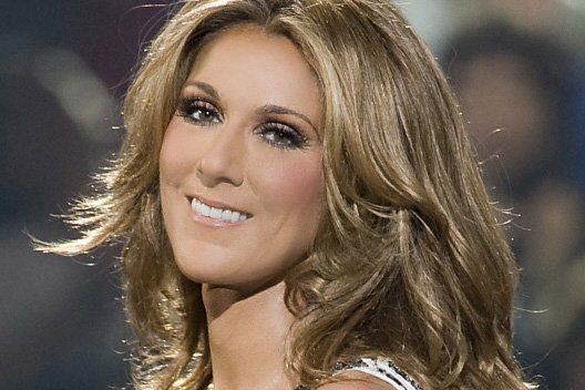 Céline Dion effectue un retour fracassant en France