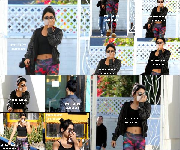 21/11/14 : Vanessa allant a un cours de pilate dans Los Angeles.Vanessa n'avait pas l'air d'avoir envie de voir les paparazzis. Sinon un top ! Qu'en pensez-vous?