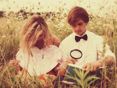 """Je regrette de ne pas pouvoir te dire """"je t'aime"""" . Je regrette que tu ne puisse pas m'appellé """"mon amour"""" .."""