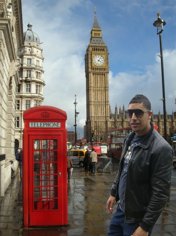 fafa fi london