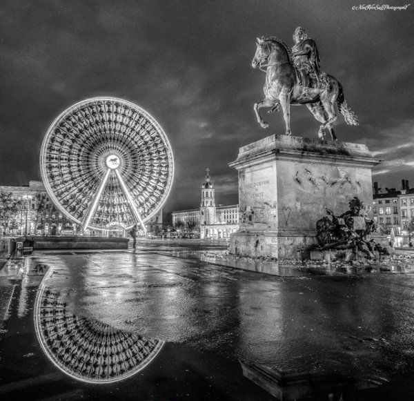 place  bellecour  -  Lyon  -   !!!