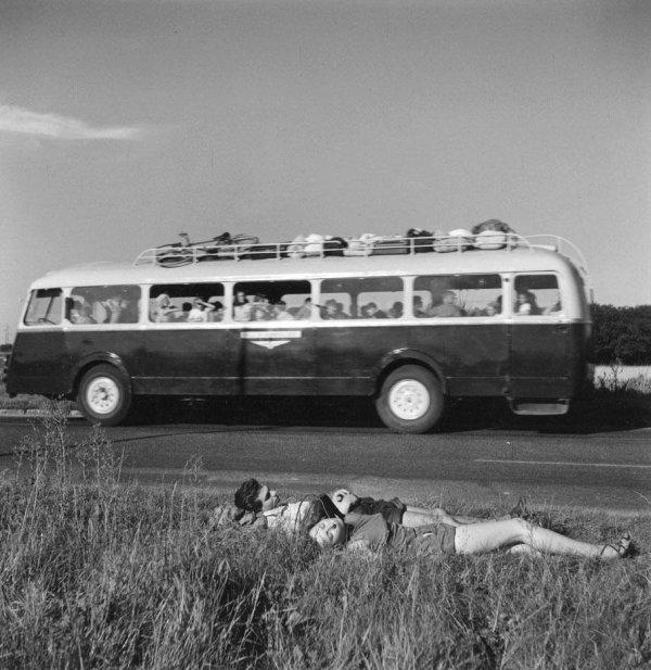 la  route  des  vacances RN 7  -  1957  -  !!!