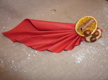 Lundi 5 Décembre 2011...   J-20..Pliage de serviette