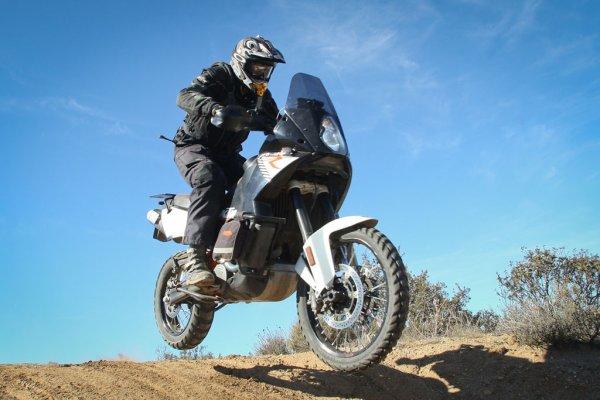Le meilleur pneu d'Enduro on/off pour vos aventures tout-terrain !