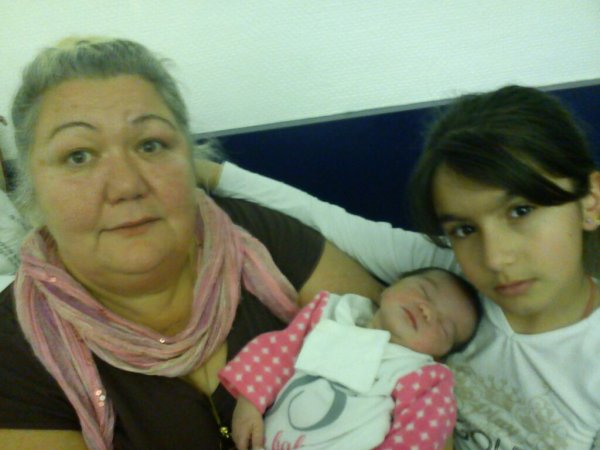 ma mère ma fille &ma niece