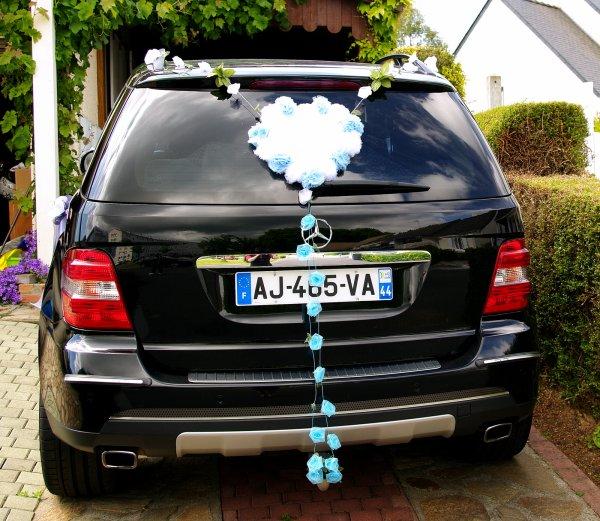 101 - Déco de mariage - voiture des mariées