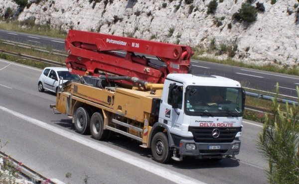 GROUPE GCA CAMIONS POMPES A BETON