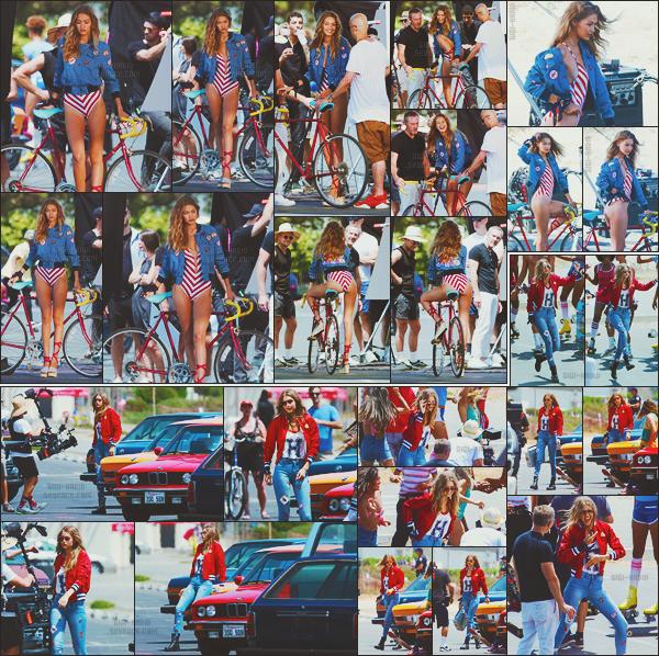 - -• 28/07/16- : La blonde californienne du moment Gigi Hadid a de nouveau été repérée sur le lieu d'un shooting photo - LA.    Elle a de nouveau attiré tous les regards ! Photographiée dans diverses tenues, Miss Hadid était plus belle que jamais. Que de beaux tops pour GH. ! -
