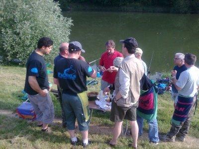 une parti de pêche a l'étang de Guyancourt