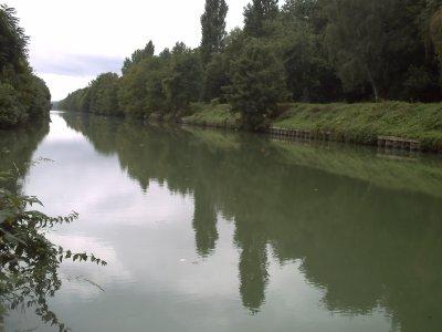 canal de chalifert a Meaux